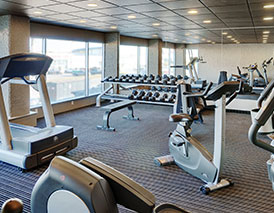 Stonebridge fitness center in Grand Prairie has large open windows for light